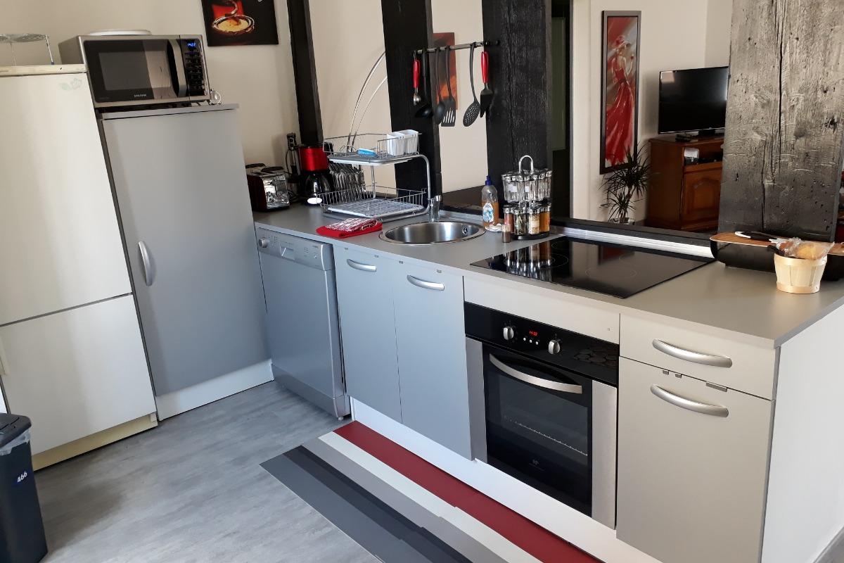 La cuisine ouverte - Location de vacances - Salins-les-Bains