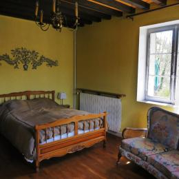 La chambre principale - Location de vacances - Salins-les-Bains
