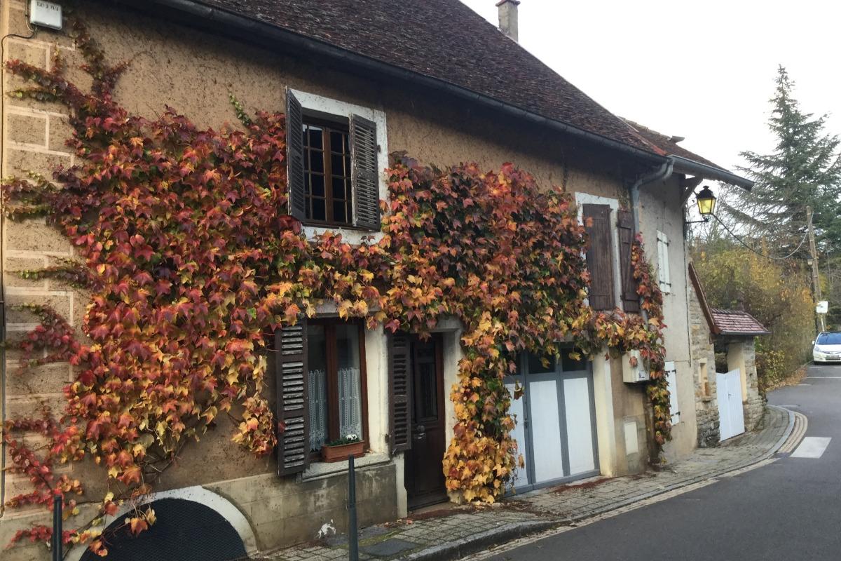 Chambre1 - Location de vacances - Arbois
