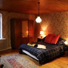 chambre2 - Location de vacances - Arbois