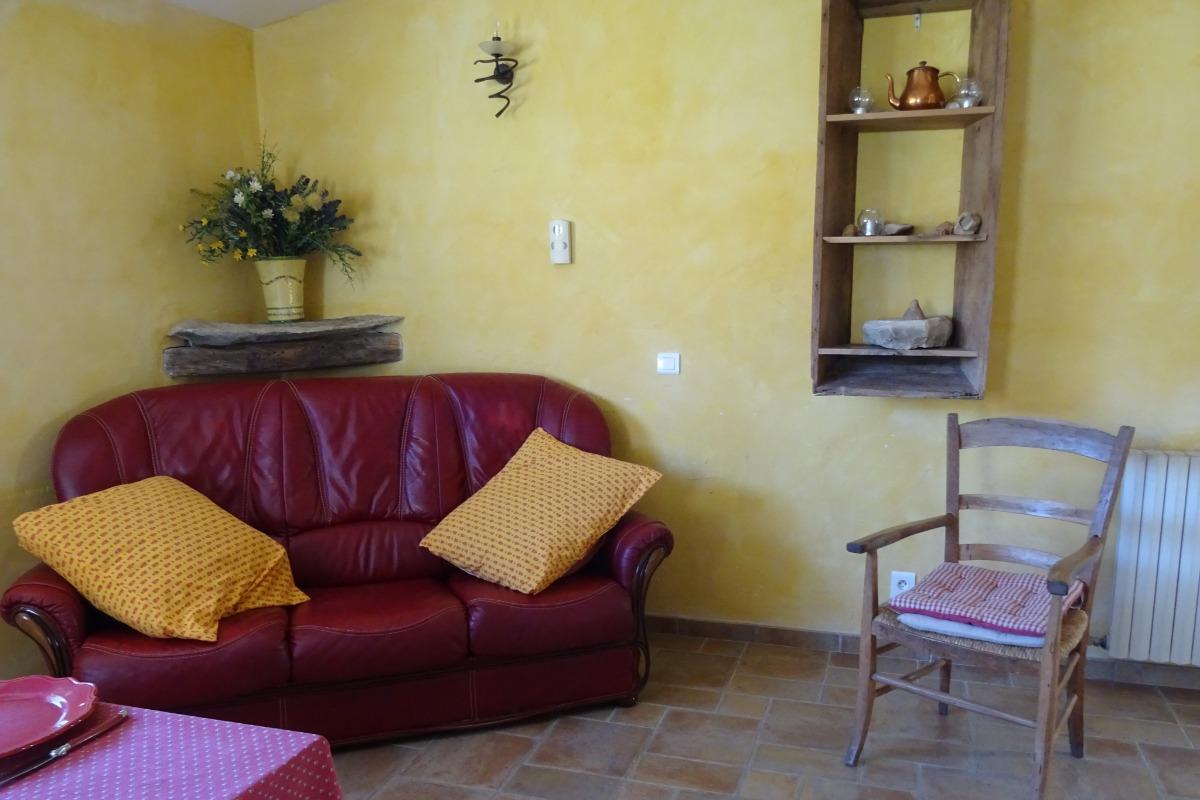 accès gîte côté sud - Location de vacances - La Rochegiron