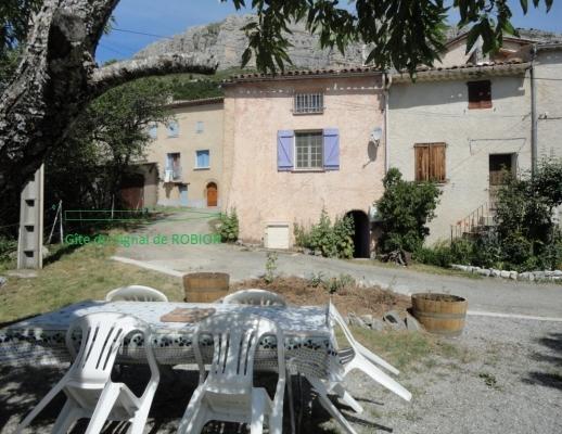 Vue location Signal du Robion - Location de vacances - Castellane