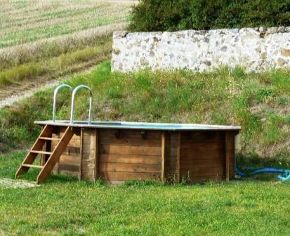 Piscine privée hors sol - Location de vacances - Melve