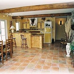 séjour et cuisine - Location de vacances - Pierrerue