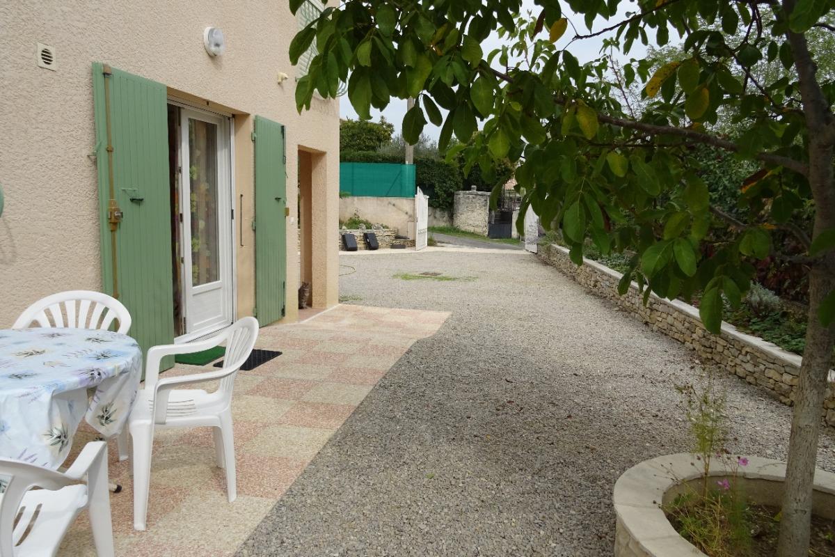 Terrasse privative, salon de jardin - Location de vacances - Forcalquier