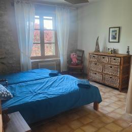 la cuisine et coin séjour - Location de vacances - Forcalquier