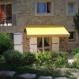 Vue extérieure du meublé et terrasse privative - Location de vacances - Forcalquier