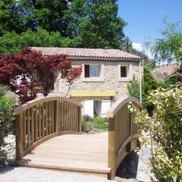 vue extérieure de location et parc paysager - Location de vacances - Forcalquier