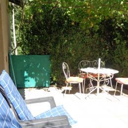 coin terrasse - Location de vacances - La Robine-sur-Galabre