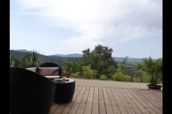 Terrasse privative au sud avec vue - Location de vacances - Digne-les-Bains