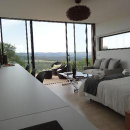 coin chambre/salon - Location de vacances - Digne-les-Bains