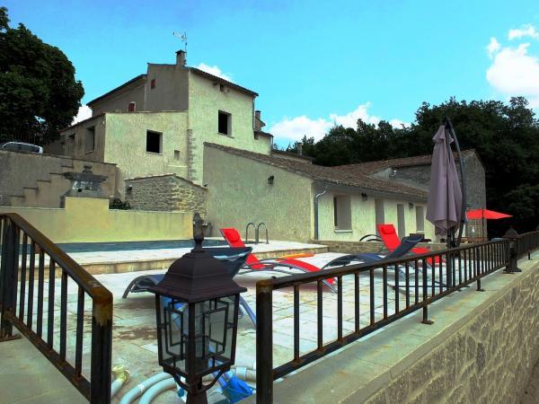 Les Ânes de Forcalquier : piscine et bâtisse - Location de vacances - Forcalquier