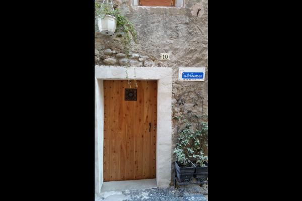 Porte d'entrée de la maison - Location de vacances - Volonne