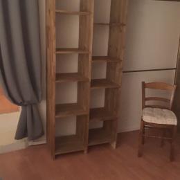 Espace rangement chambre - Location de vacances - Volonne