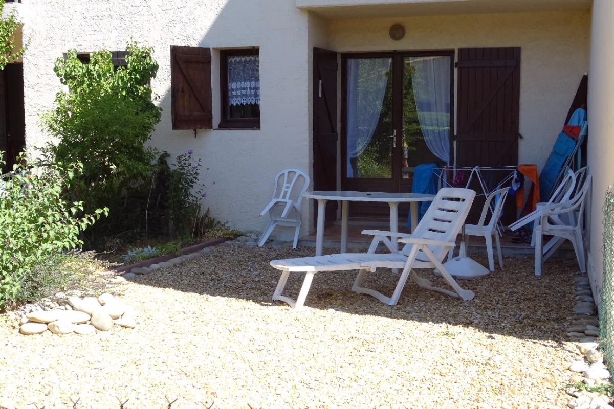 le jardin du studio - Location de vacances - Gréoux-les-Bains