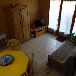 Appartement les Baumelles rdc maison Digne les Bains- la pièce à vivre, Bz convertible - Location de vacances - Digne-les-Bains