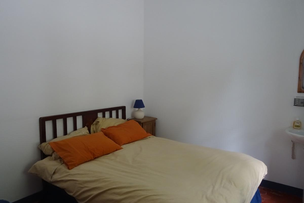 chambre lit en 140  - Location de vacances - Sausses