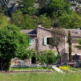 Le Mas de la citadelle dans son ensemble. - Location de vacances - Sisteron