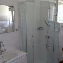 Salle de bain - Location de vacances - Reillanne