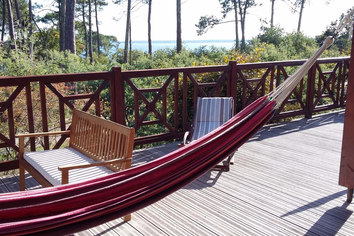 terrasse vue sur le lac - Location de vacances - Biscarrosse