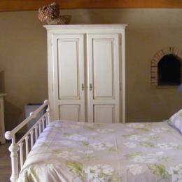 chambre terre - Chambre d'hôtes - Miramont-Sensacq