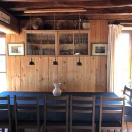 Grande table à manger - Location de vacances - Contres