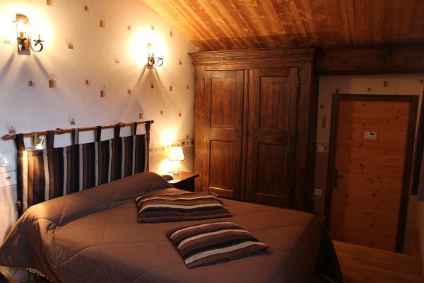 Chambres d'hôtes près de la Chartreuse de Sainte-Croix-en-Jarez - Chambre Petite Reine - Chambre d'hôtes - Sainte-Croix-en-Jarez