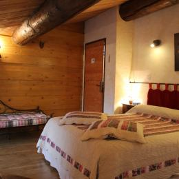 Chambres d'hôtes près de la Chartreuse de Sainte-Croix-en-Jarez - Chambre Belle de Nuit - Chambre d'hôtes - Sainte-Croix-en-Jarez
