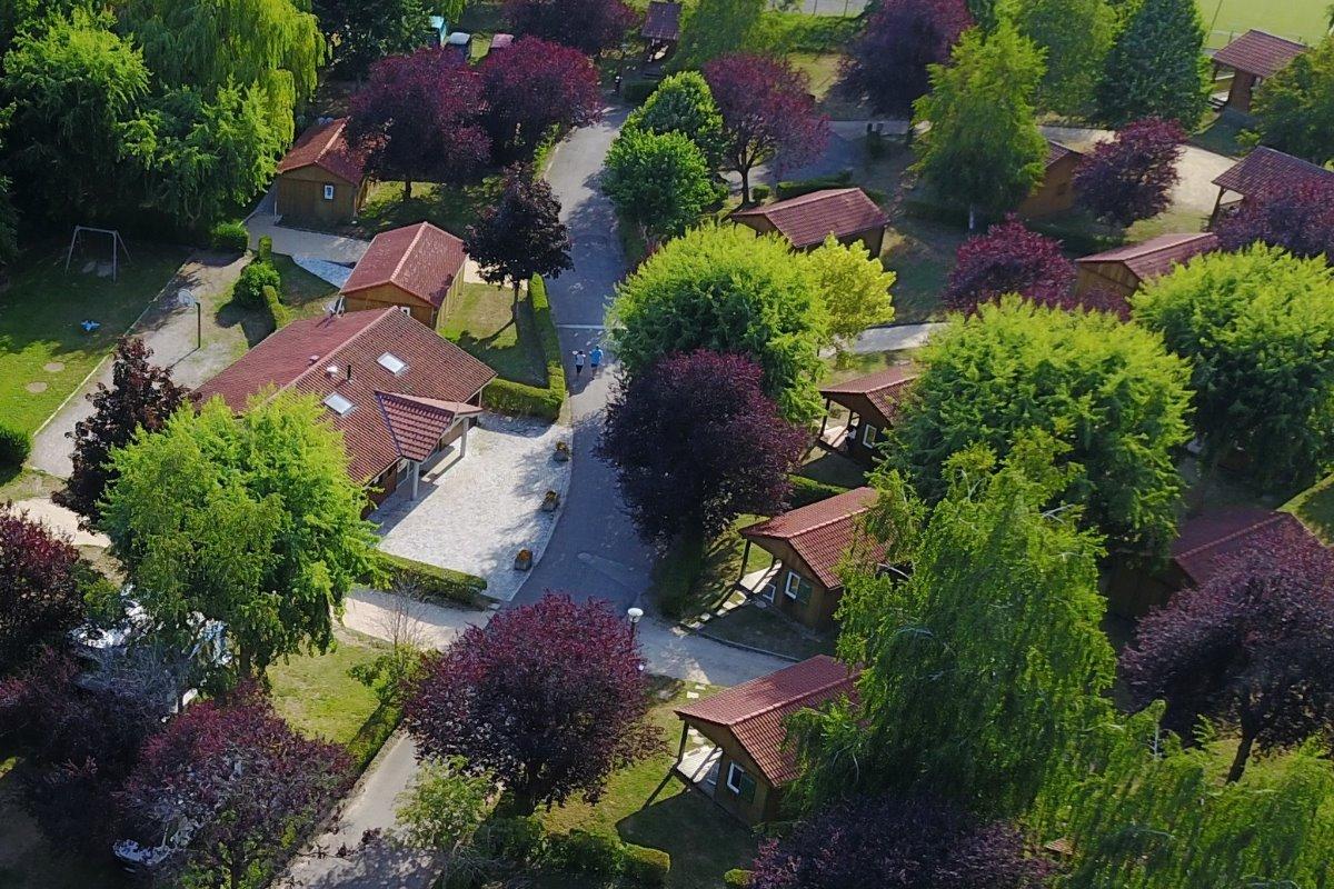 Nouvelle Piscine Spacieuse - Location de vacances - Bourg-Argental