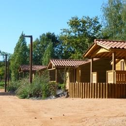 Camping Municipal Beausoleil - 5 Chalets vacances - Location de vacances - La Pacaudière
