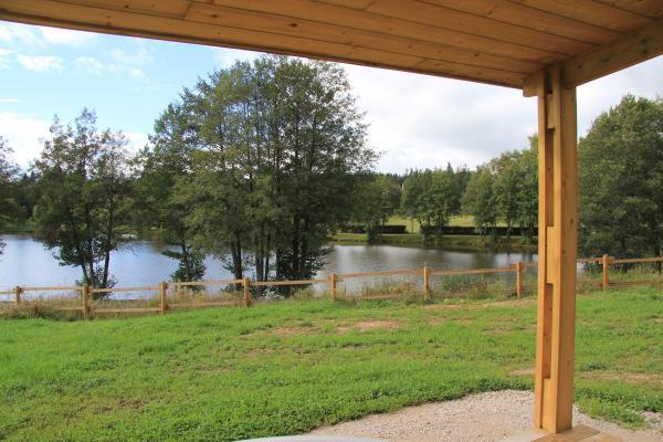 Les Chalets du Haut-Forez - Plan d'eau - Location de vacances - Usson-en-Forez