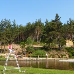 Les Chalets du Haut-Forez - Baignade surveillée en période Estivale - Location de vacances - Usson-en-Forez