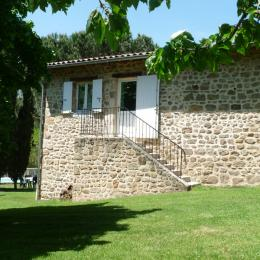 entrée gîte du Domaine de la Griottière - Location de vacances - Pélussin