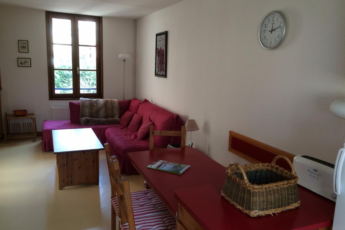 Appartement duplex en plein centre de Charlieu - Pièce de vie - Location de vacances - Charlieu