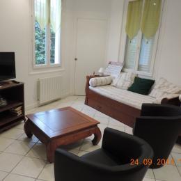 Location Montrond les Bains - Salon - Location de vacances - Montrond-les-Bains