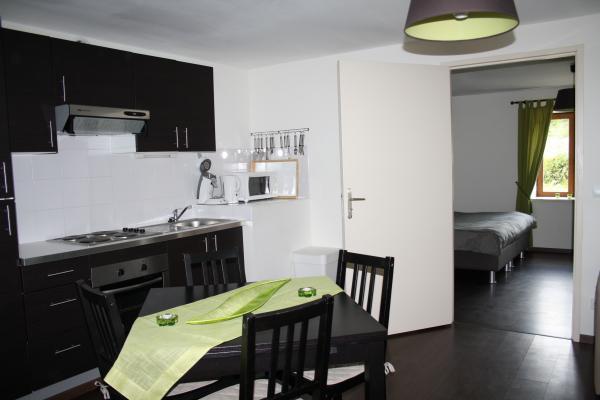 Le Viallon, appartement Grenouille - Coin Cuisine - Location de vacances - Véranne