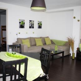 Le Viallon, appartement Grenouille - Pièce de vie - Location de vacances - Véranne