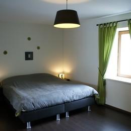 Le Viallon, appartement Grenouille - Chambre - Location de vacances - Véranne