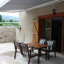 Le Viallon, appartement Grenouille - Terrasse - Location de vacances - Véranne