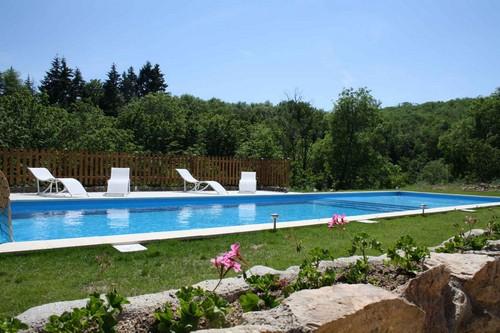 Le Viallon - Piscine - Location de vacances - Véranne