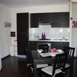 Le Viallon, appartement Papillon - Pièce de vie - Location de vacances - Véranne