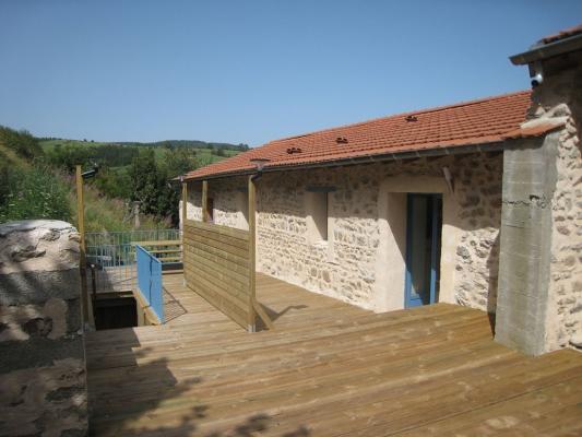 Location à Chalmazel - Terrasse - Location de vacances - Chalmazel