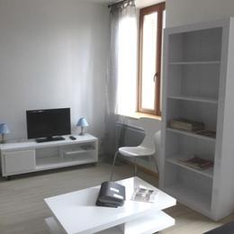 Appartement à Chalmazel les Jasseries - Salon - Location de vacances - Chalmazel