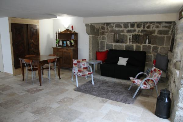 Gîte le Pradou - Pièce de vie - Location de vacances - Usson-en-Forez