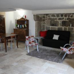 Gîte le Pradou - Salon - Location de vacances - Usson-en-Forez