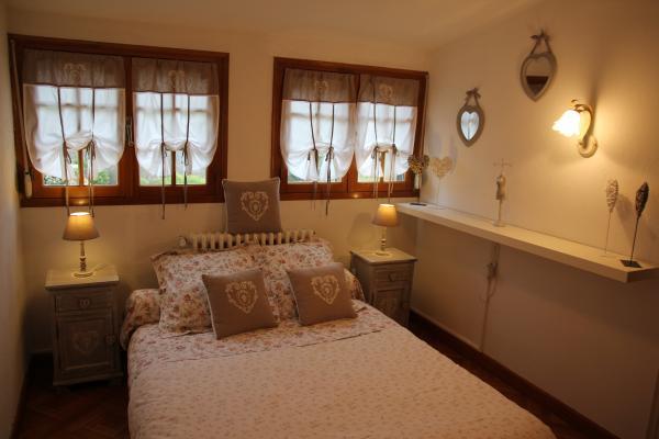 La Rose des Vents, 2 chambres suites dans une maison avec piscine ...