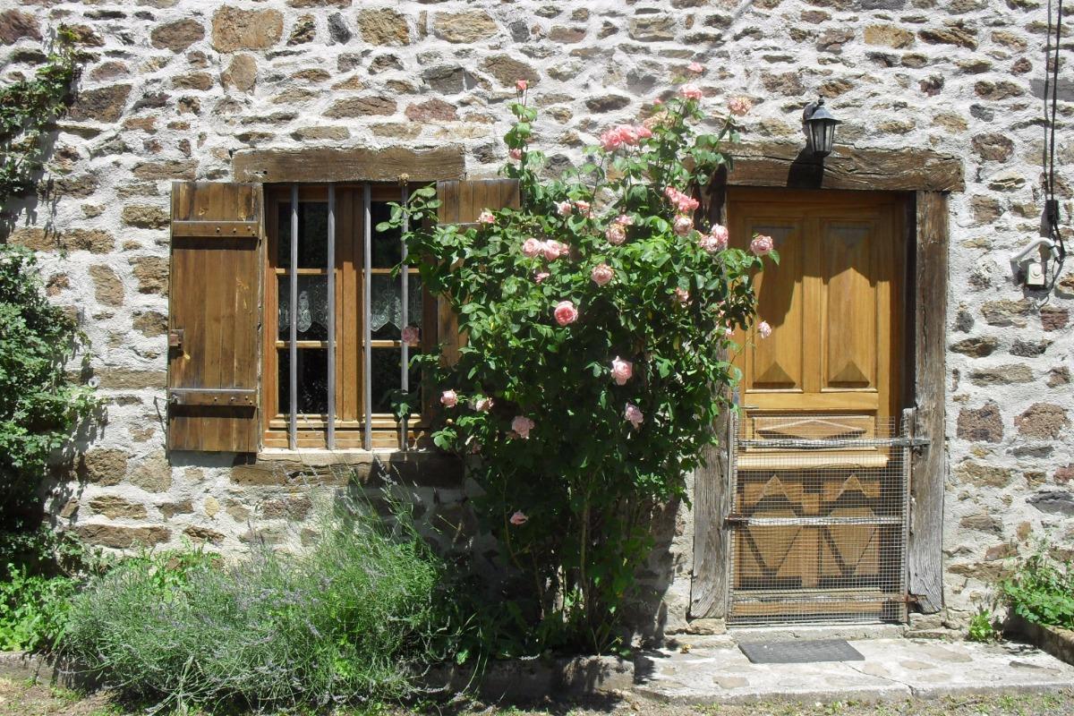 Jardin ombragé, idéal pour le farniente ! - Location de vacances - Mazerat-Aurouze