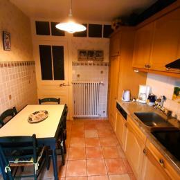 Chambre 1 - Petite chambre Louis-Philippe. - Location de vacances - Le Puy-en-Velay