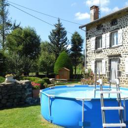 Piscine - Location de vacances - Alleyrac
