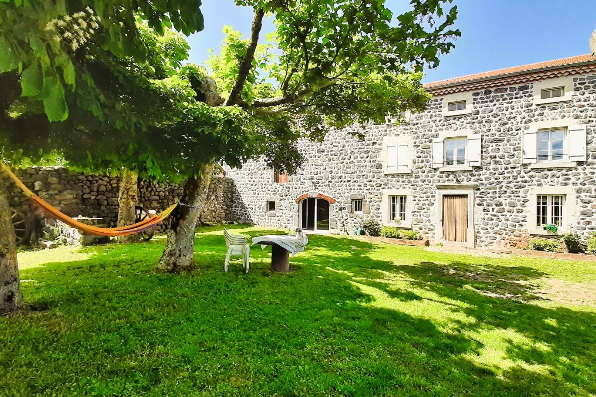 Meublé Clévacances à Jalès - 43370 BAINS (HAUTE-LOIRE) - Location de vacances - Bains